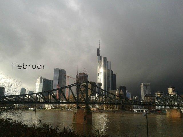 2013-02-04